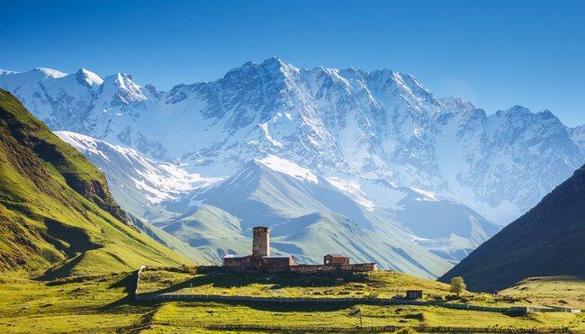 Den georgischen Transcaucasian Trail auf unbekannten Pfaden erwandern