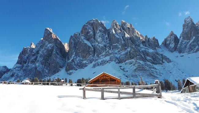 Schneeschuhwandern im Südtiroler Villnösstal