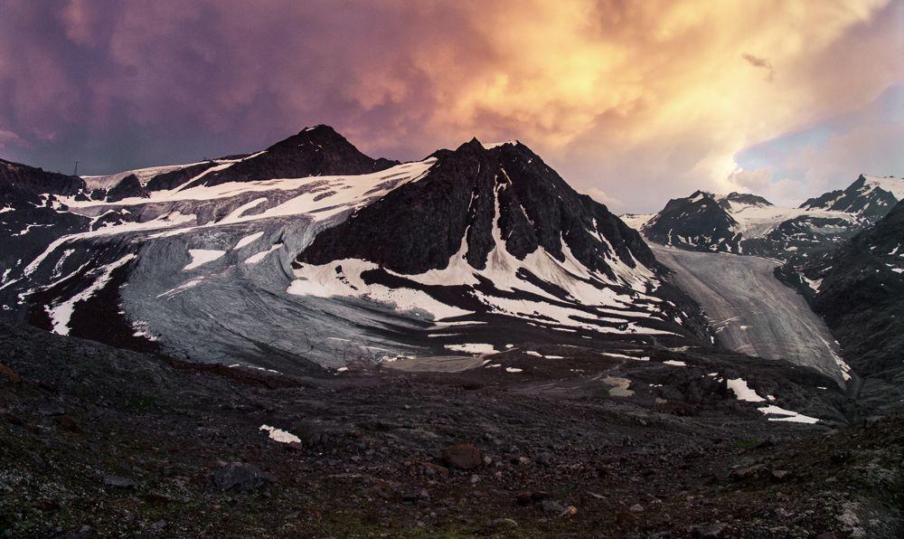 Die Gletscherkulisse an der Braunschweiger Hütte