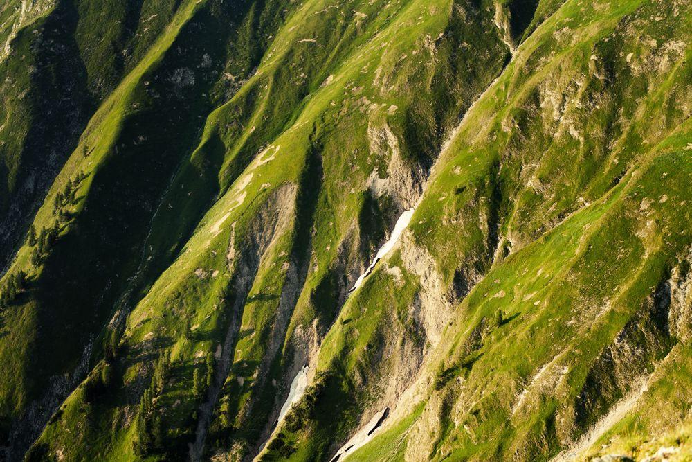 Schattenspiele bei der Alpenüberquerung