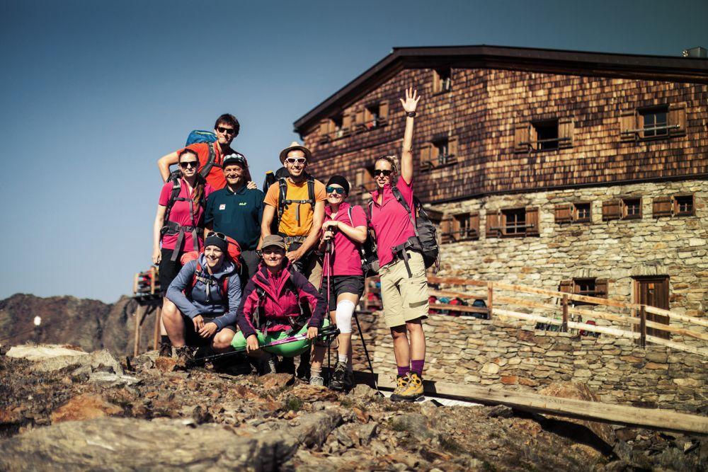 Am höchsten Punkt der Tour – die Similaun Hütte (3.019 m)