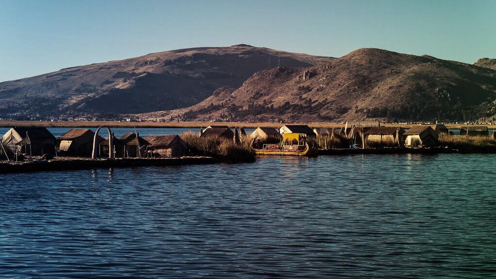 Die Uros-Inseln am Titicacasee