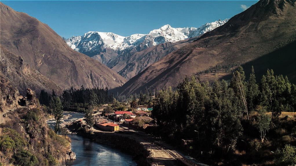 Das Urubamba Tal mit der Cordillera Urubamba