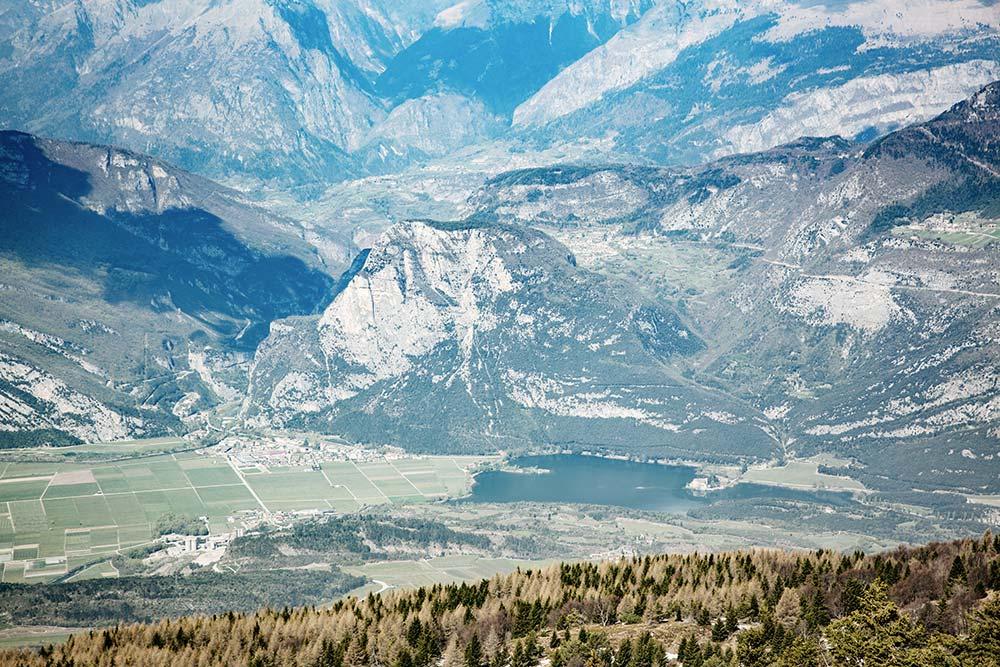Kulisse des Monte Bondone