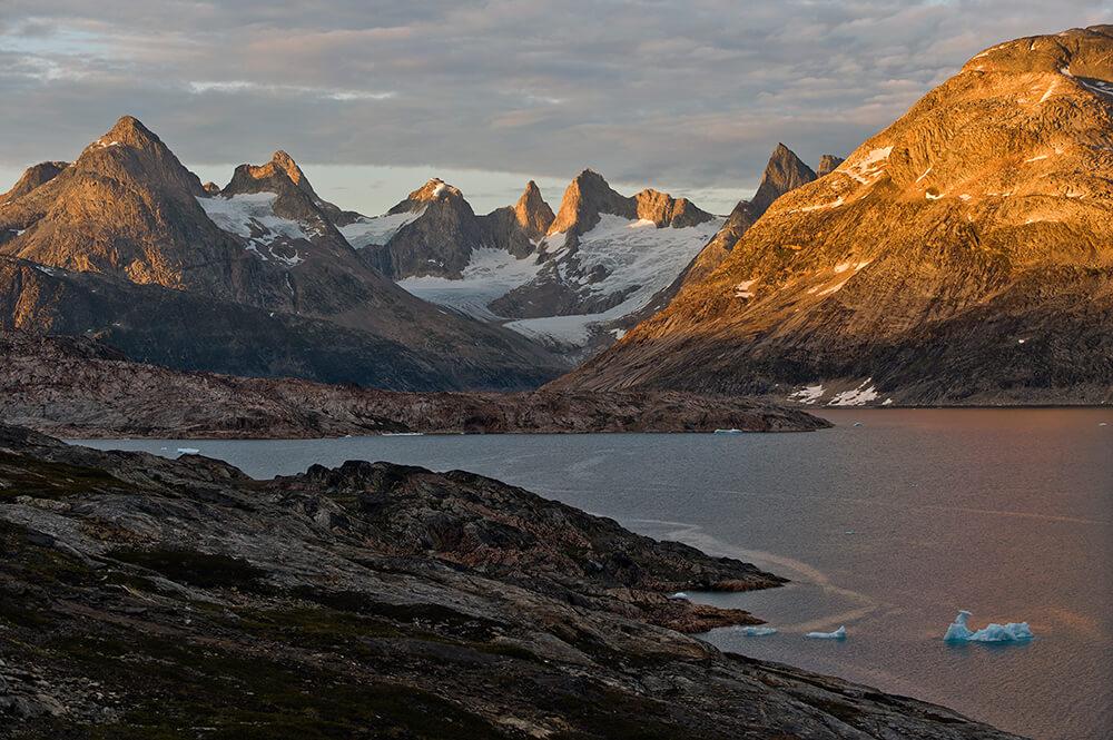 Herrliche Bergwelt Grönlands