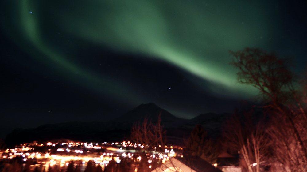 Die Chance auf Nordlichter ist in Norwegen wesentlich höher als bei uns ;) .