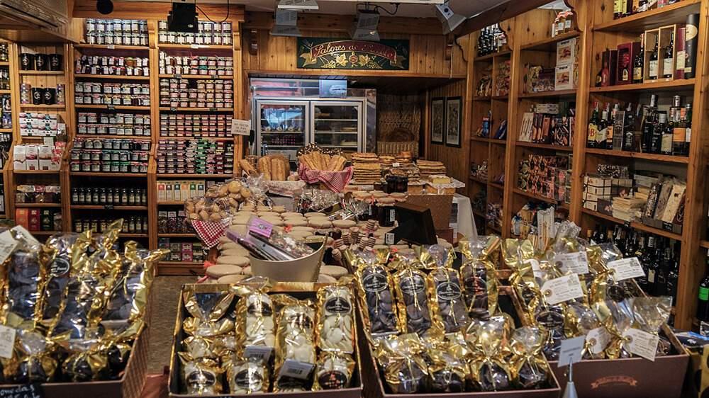 Wunderschöne kleine Geschäfte statt großer Supermärkte!