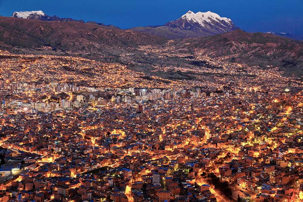 Bolivien: Blaue Stunde über La Paz