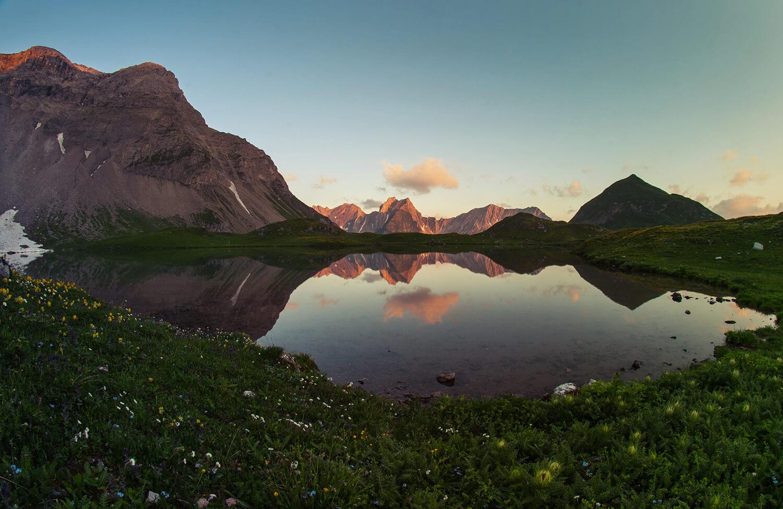 Alpenglühen Tirol Bergsee