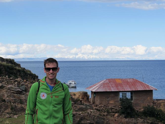Ausblick Titicacasee und Bergwelt Boliviens