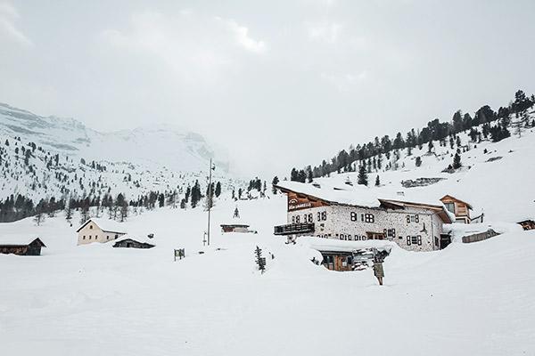 Ankunft auf der Lavarellahütte, Dolomiten