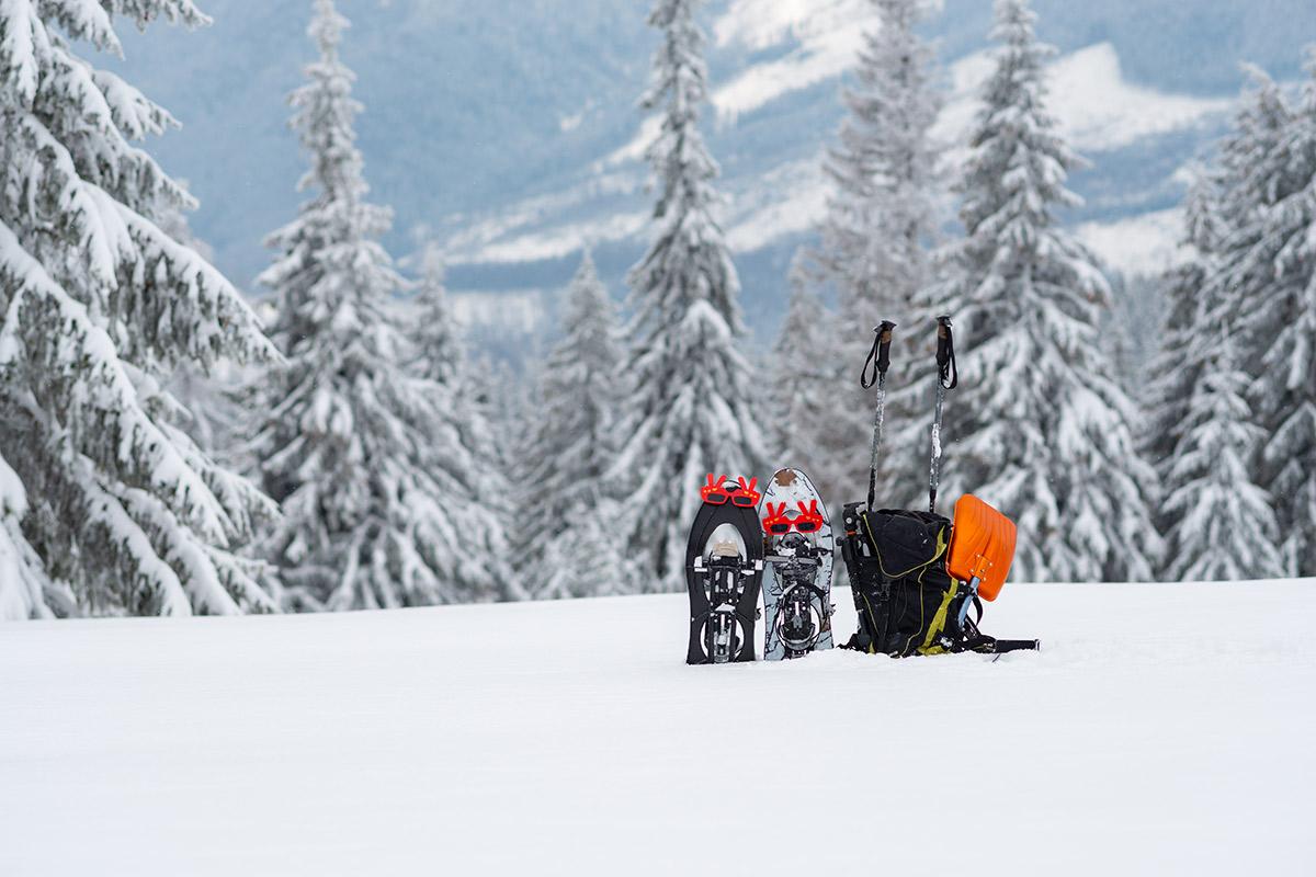Ausrüstung für das Schneeschuhwandern