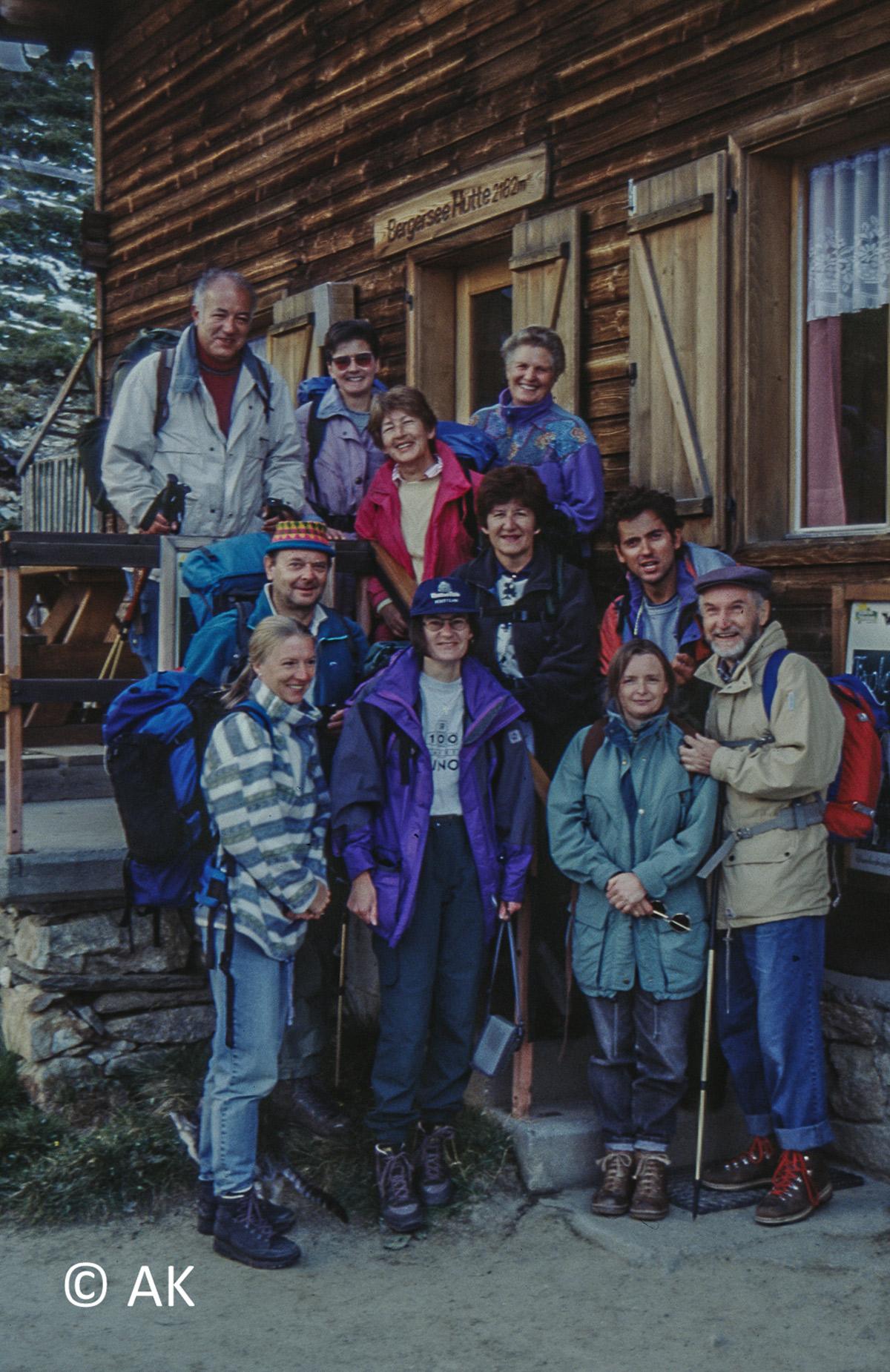 Gruppenbild vor der Berger See Hütte