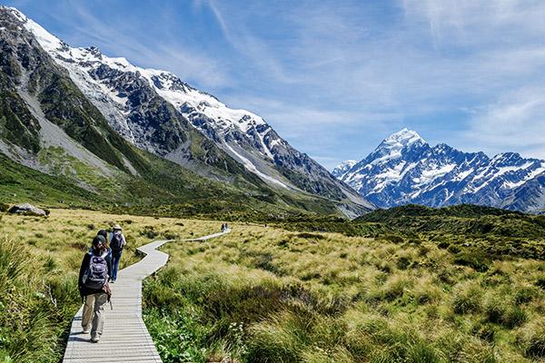Steg im Mount Cook Nationalpark, Neuseeland