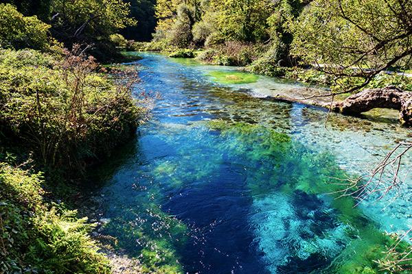 Blue Hole, Albanien