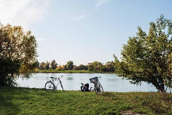 Rad am Fluss in Deutschland