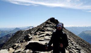 Bergsteigerin mit Sonnenbrille, Hohe Tauern