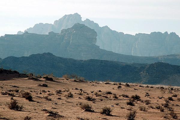 Gebirge im Wadi Rum, Jordanien