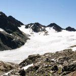 Eine Gletscherzunge, Eis in einem Tal