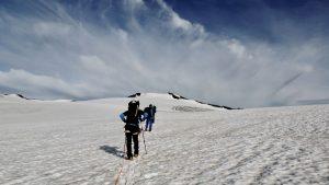 Bergsteiger kurz vor dem Gipfel, Hohe Tauern