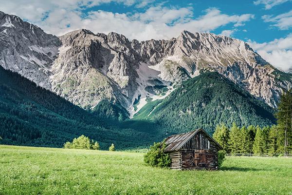 Holzhütte in Bergwiese, Mieming