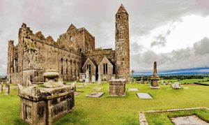 The Rock of Cashel in Tipperary, Irland.