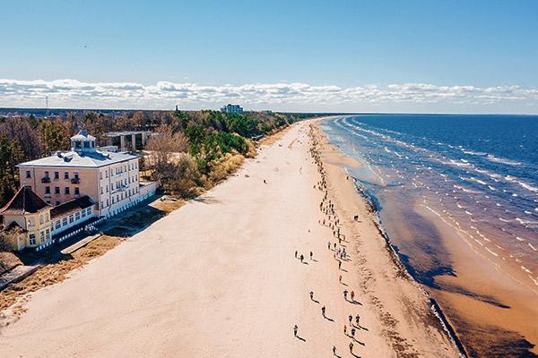Strand in Jurmala, Lettland