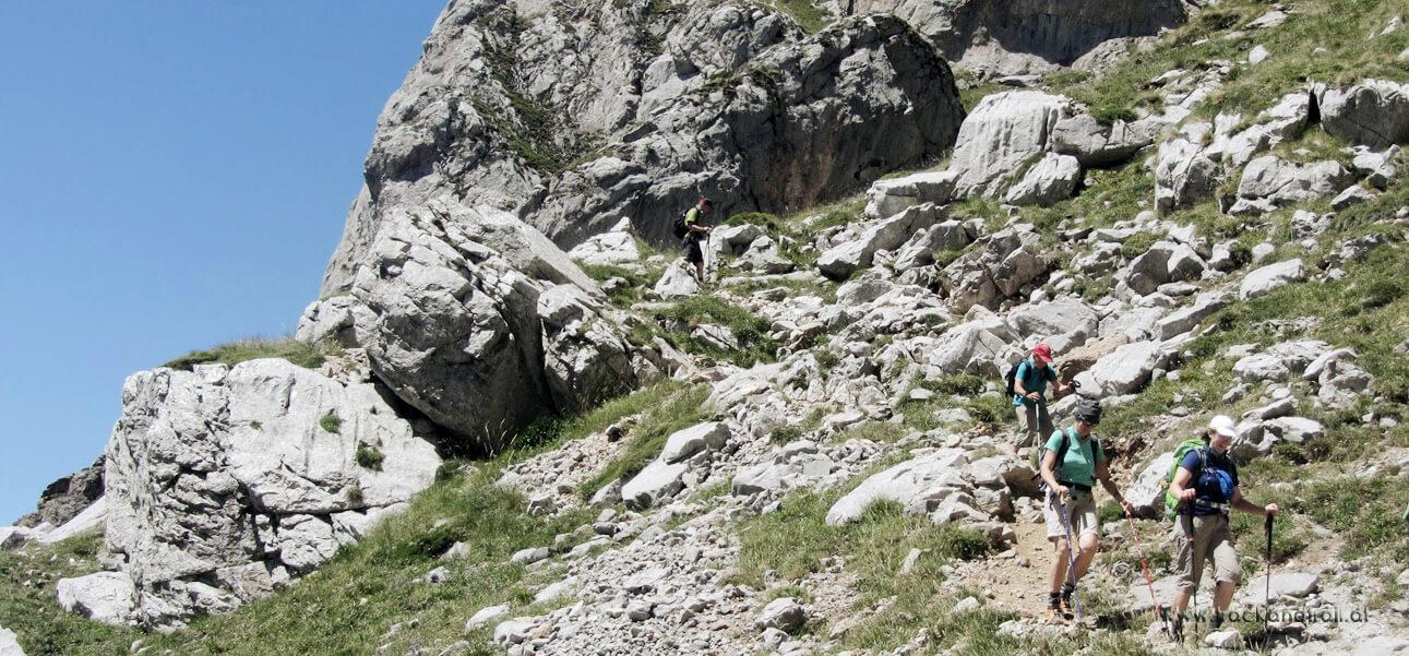 Abstieg vom Alto de Canal