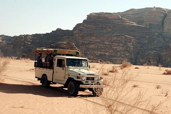 Land Rover, Wadi Rum Jordanien