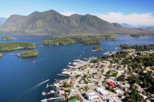 Luftaufnahme von Tofino auf Vancouver Island in Kanada