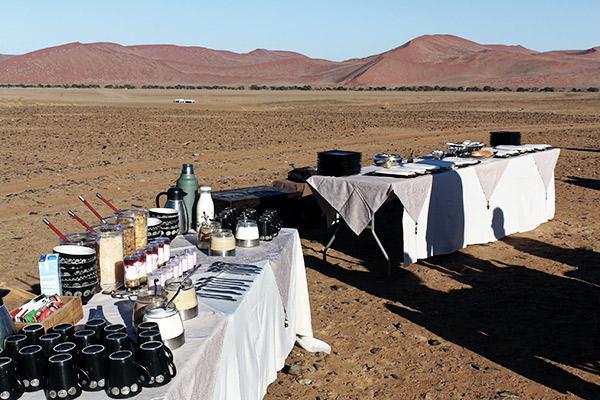 Frühstückstische in Sossusvlei, Namibia