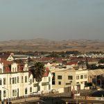Direkt hinter Swakopmund liegt die Namibwüste