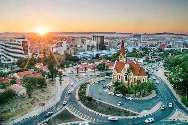 Namibias moderne Hauptstadt Windhoek