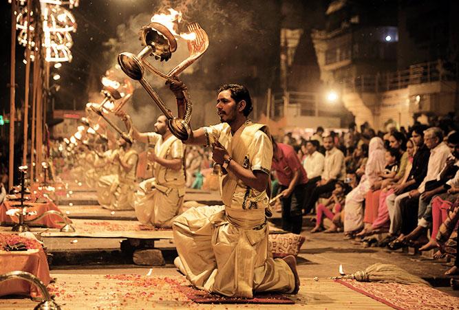 phaenomene-totenrituale-hinduismus-feuerzeremonie