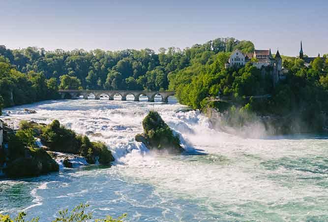 Der Rheinfall am Rheinradweg