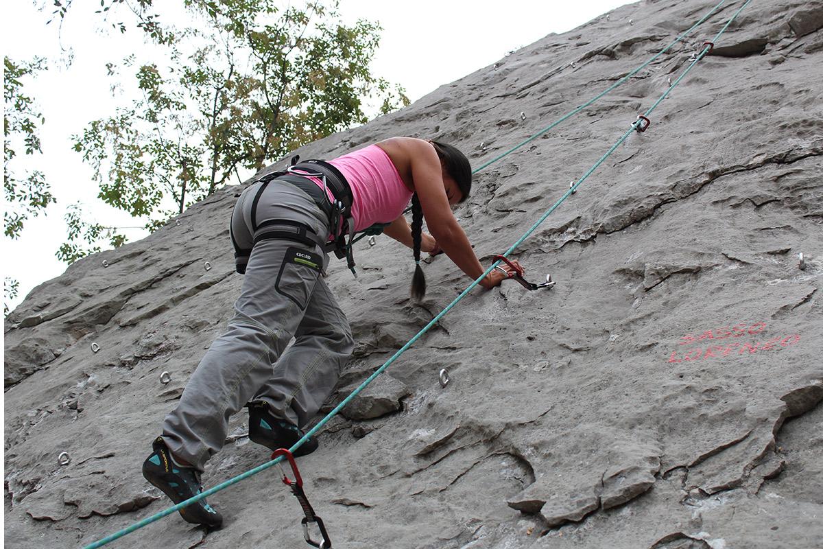 Sabrina beim Klettern