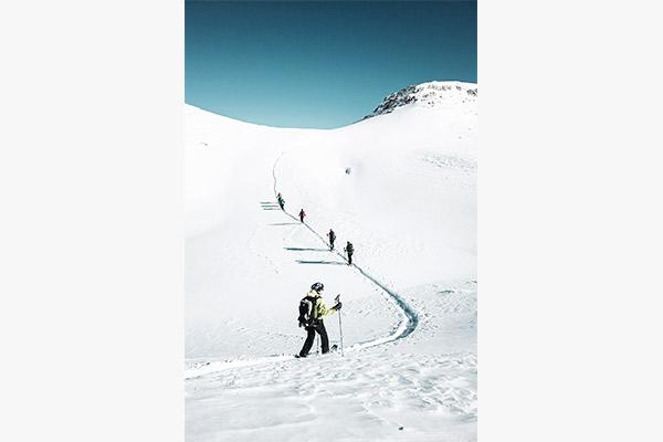 Strahlend blauer Himmel, Heiligkreuzkofel Dolomiten