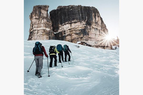 Schneeschuhwanderer Monte Castello, Dolomiten