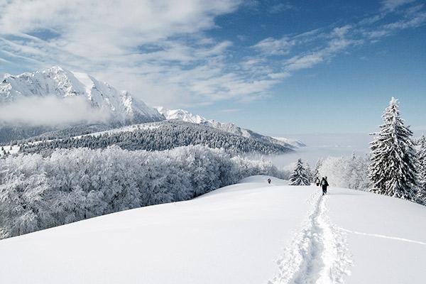 Schneeschuhwandern in Rumaenien
