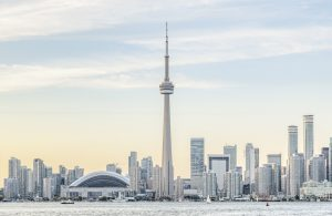 Toronto Skyline, CN Tower im Zentrum, Kanada
