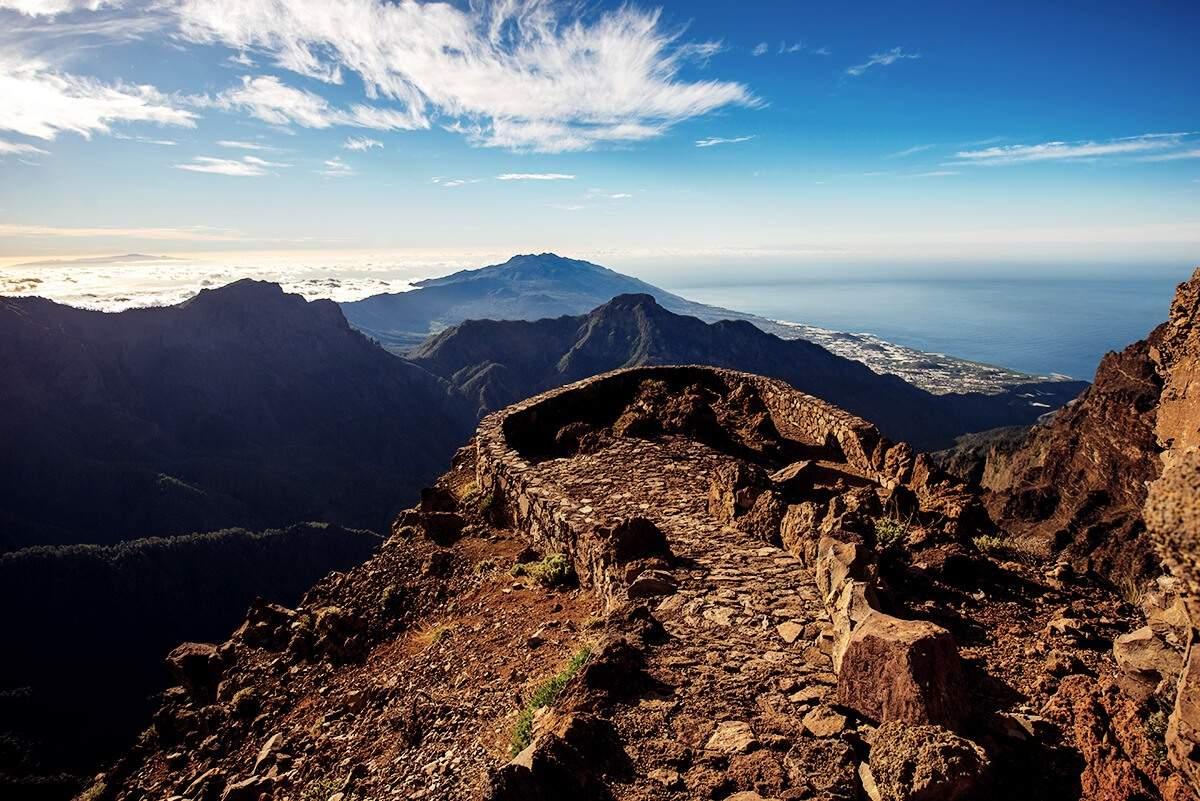 Aussicht Berge und Meer vom Roque de los Muchachos