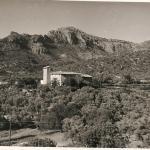 Sepia Aufnahme des früheren Hotel Es Port