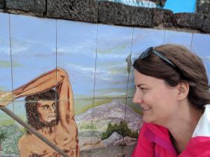 Wandkunst und Susanne von der Seite