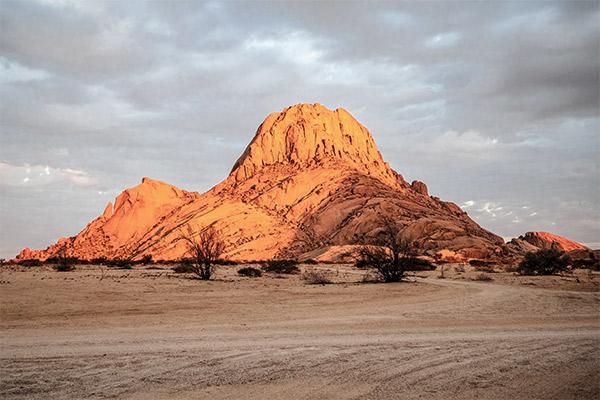 Spitzkoppe im Morgenlicht, Namibia