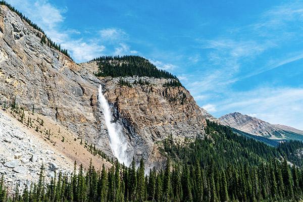 Die Takkakaw Falls im Yoho Nationalpark, Kanada