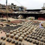 Töpfereien am Boden, Bhaktapur, Nepal