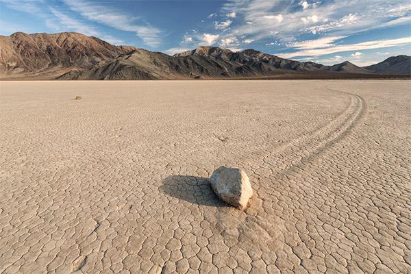 Stein in Wüste, Death Valley USA