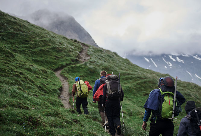 wandergruppe-alpen