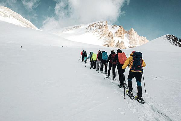 Schneeschuhwandergruppe, Fanesalm Dolomiten