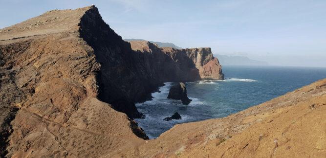 Kuestenwanderung bei blauem Himmel, Madeira